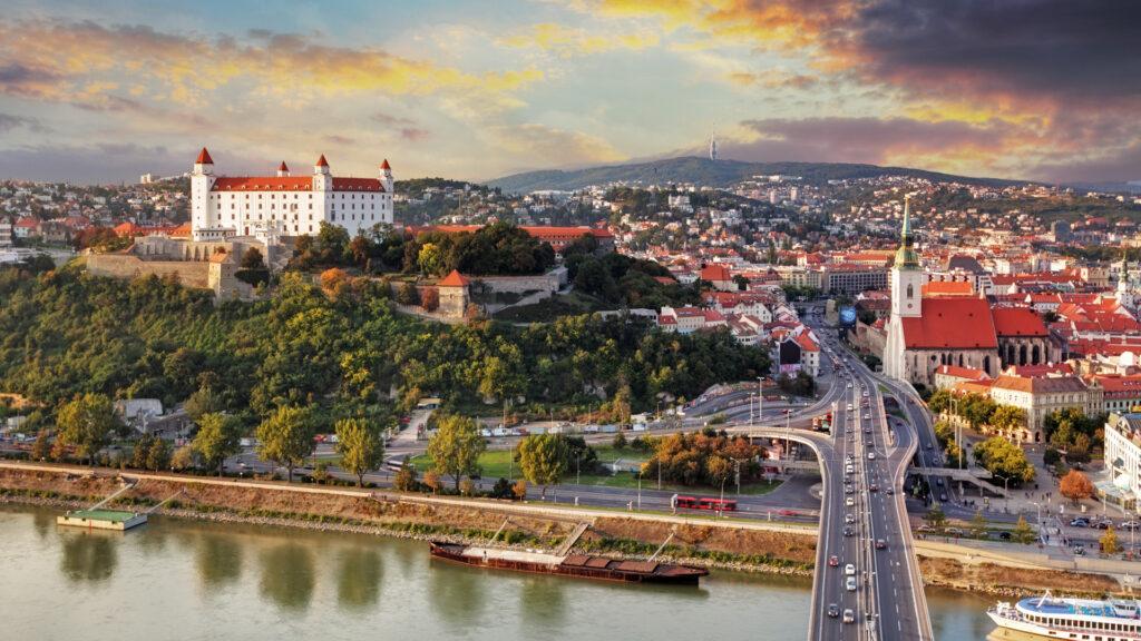 ARFiN BROKER posiluje svou pozici na Slovensku